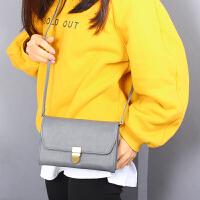 单肩斜挎包女韩版款时尚横款大屏手机包百搭休闲包多功能手拿包