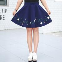 韩版时尚加肥加大码胖MM高腰花朵刺绣半身裙短裙A字裙女秋冬新款