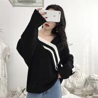 黑白撞色毛衣女不规则V领知性优雅个性韩版bf宽松秋冬针织衫套头