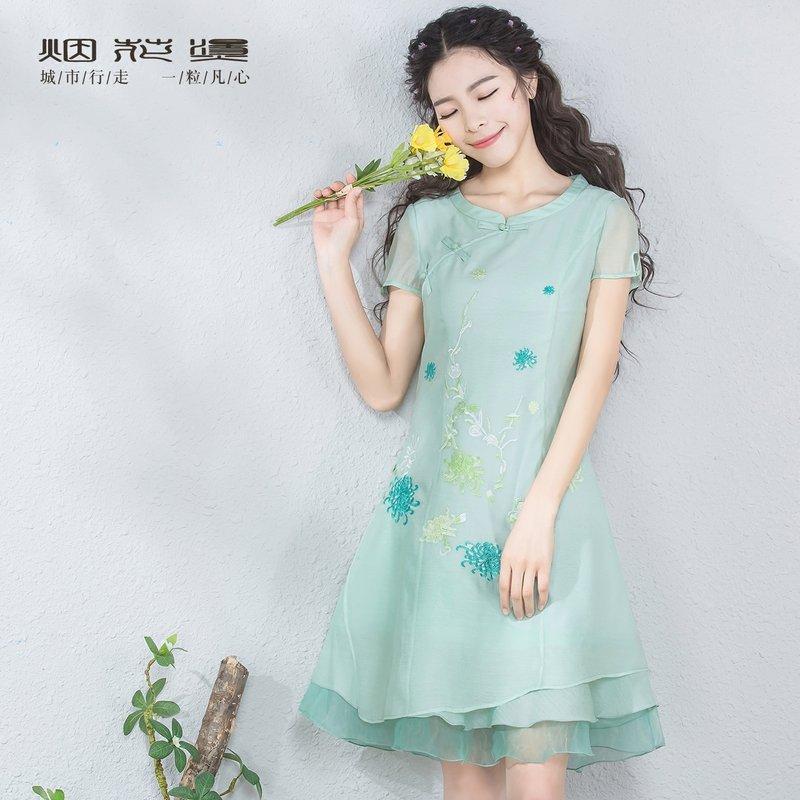 【618狂欢新品直降再享劵】烟花烫  2018夏装新款女装复古气质修身韩国纱绣花连衣裙 松绿