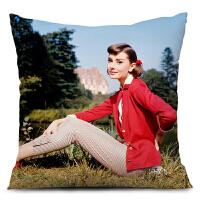 奥黛丽赫本抱枕复古怀旧咖啡厅酒吧沙发靠垫枕头欧美风格样板房间