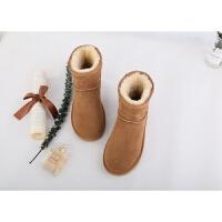 雪地靴女羊皮毛一�w2018新款冬季短筒靴子平底真皮保暖�W生棉鞋冬