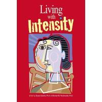 【预订】Living with Intensity: Understanding the Sensitivity, E