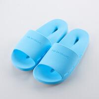 浴室拖鞋女夏室内居家情侣厚底防滑塑料洗澡漏水凉拖鞋男