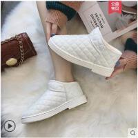 雪地靴女短筒冬季新款短靴韩版百搭学生棉鞋加绒保暖防滑靴子