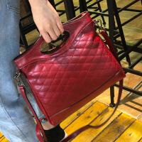卡帝乐鳄鱼新款真皮女包欧美时尚菱格复古牛皮女士手提包