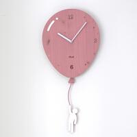 摇摆挂钟客厅静音卧室儿童卡通创意时钟欧式个性石英钟表 粉红色 赠送4个相框 12英寸