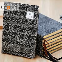 梵高金边日记本记事本子创意笔记本油画笔记本A5硬抄本子 款式随机