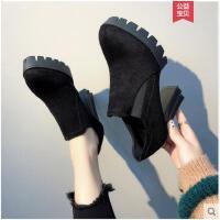 粗跟加绒短靴女冬季新款百搭网红瘦瘦靴短筒中跟马丁靴女鞋潮