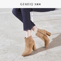 戈美其冬季新款时尚女鞋磨砂皮靴高跟优雅粗跟短筒短靴尖头马丁靴
