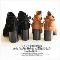 I 蝴蝶结装饰~尖头 粗跟 牛反绒高跟短靴 女711M009