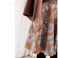 花柄物语日系风格立体微喇剪裁驼色系花朵印花羊毛呢半身裙 如图 36