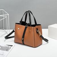 女包新款时尚休闲拼色单肩斜跨包手包B51W8307 棕色 15天无理由退换