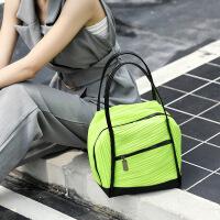 卡帝乐鳄鱼女包春夏新款日本同款褶皱包简约时尚轻巧女士单肩大容量手提女包