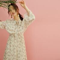 【3折到手价:120元】爱客碎花连衣裙女2019夏季小众褶皱系带显瘦喇叭袖中长裙
