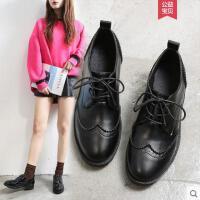 布洛克学生小皮鞋女平底单鞋新款女鞋子英伦风漆皮粗跟鞋