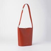 新款包包女潮韩国小众设计时尚圆环水桶包手提斜挎包 番茄红 现货