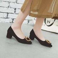 尖头绒面高跟鞋金属圆扣水钻装饰套脚瓢鞋简约粗跟单鞋女