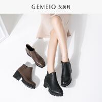 戈美其冬季新品女鞋加绒棉鞋保暖短筒靴子高跟鞋女马丁靴