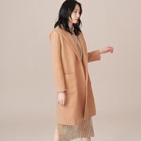 【3折到手价:180元】爱客毛呢大衣女中长款新款流行时尚韩版无扣连帽呢子斗篷外套