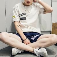 2018夏装新款圆领短袖男士T恤潮衣服夏天帅气半袖青少年休闲男装