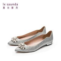 莱尔斯丹 春季新款低跟平跟尖头水钻女单鞋婚鞋9T10328