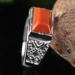 德仁恒宝 S925银镶南红满肉柿子红男士戒指