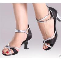 新款时尚舒适中底马蹄根成人拉丁舞鞋女 广场舞鞋舞蹈鞋交谊舞鞋