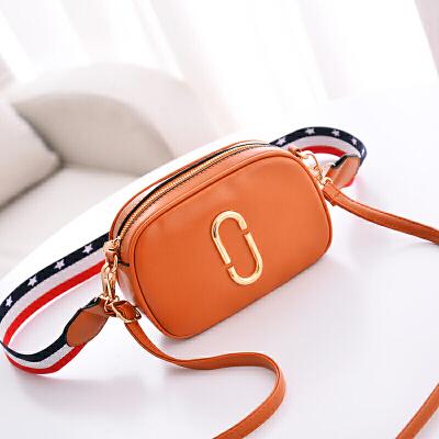 女包单肩包PU纯色百搭女士小方包新款  商品的详细款式、颜色及物流信息,请联系在线客服。