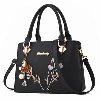 女士包包韩版秋季手提包百搭单肩斜挎妈妈包时尚中年女包