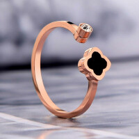 个性开口四叶草戒指带钻女对戒 玫瑰金 潮人指环饰品