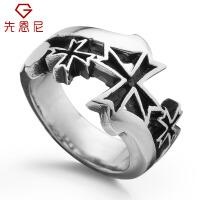 先恩尼 钛钢戒指 男款戒指 十字勋章 男士戒指 流行饰品 钨钢戒指 男