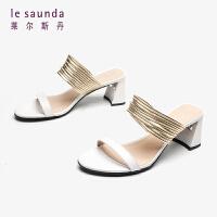 【顺丰包邮,大牌价:239】莱尔斯丹 中跟女鞋拼色粗跟外穿女时尚凉拖鞋 AM59201
