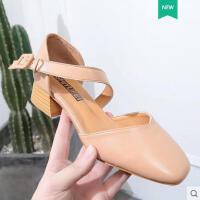 学生方头中空舒适女鞋新款中跟粗跟凉鞋女包头复古奶奶鞋