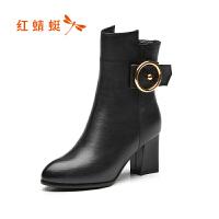 红蜻蜓女鞋2017冬季新款时尚尖头舒适中跟粗跟短靴皮带扣百搭女靴