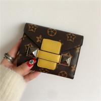 新款欧美印花女士钱包女短款日韩版个性时尚抽带零钱包卡包潮 黄色 现货【送运费险】