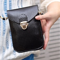 2018手机包斜跨 时尚潮流零钱包迷你可爱小包编织锁扣小跨包女包