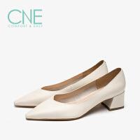 【12.12全场3折】CNE2019春夏季新款尖头浅口中跟通勤正装鞋奶奶鞋女单鞋AM44901