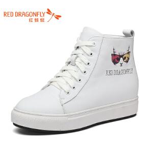红蜻蜓女鞋2017冬季新款平底中跟内增高休闲鞋舒适系带小猫高帮鞋