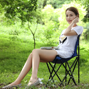 亚思特折叠椅凳子户外便携式沙滩椅 靠背钓鱼椅凳 马扎小凳子152