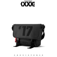 COEXISTENCE新款时尚潮流单肩包斜跨运动学生休闲户外街头32020