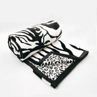 拉舍尔毛毯法兰绒四季小毯子被子床单沙发午睡毯盖毯绒毯春秋垫床 黑白色 180x200cm(2.5kg双层)