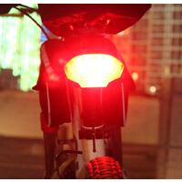 转向尾灯自行车配件转向灯 W01-2自行车尾灯智能遥控