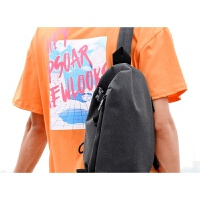 胸包男单肩包休闲运动男士包包斜挎包时尚青年小背包学生韩版 黑色 送零钱手包