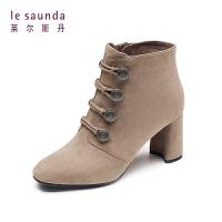 莱尔斯丹 专柜款秋冬圆头高跟绒面粗跟短筒女靴时装靴 9T77103