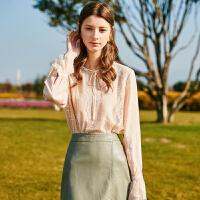 秋水伊人上衣2019春新款女装纯色喇叭系带蕾丝拼接喇叭袖蕾丝衫