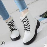 马丁短靴新款韩版短筒雪地女鞋网红学生加绒百搭棉鞋