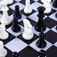 ���H象棋西洋棋高�n成人�和��W生初�W者大�磁性棋子折�B棋�P套�b
