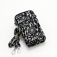 新款手机包女单肩斜挎包挂脖手机袋手腕零钱包臂包迷你小包包