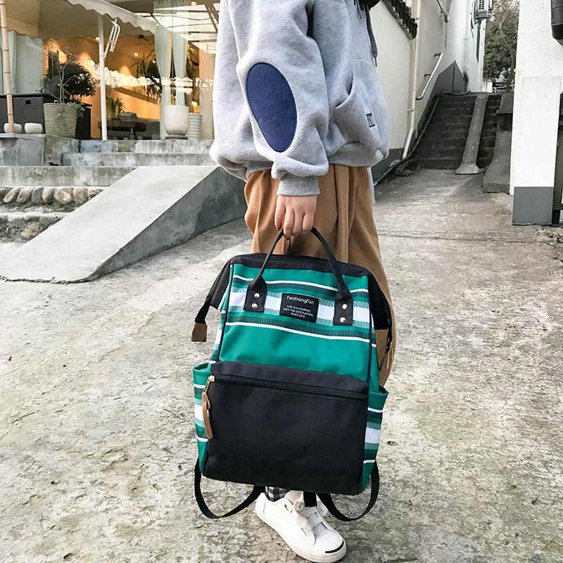 书包女双肩包韩版学院风休闲手提学生包旅行时尚背包妈咪包盗包 发货周期:一般在付款后2-90天左右发货,具体发货时间请以与客服协商的时间为准